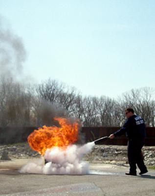 fire extinguisher training, osha training, extinguisher training