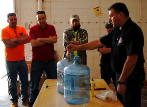 Safety_Training-Confined_Space_Demonstration_02.jpg